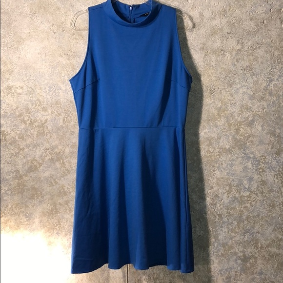 Sharagano Dresses & Skirts - Sharagano size 16 Royal blue classic styled dress